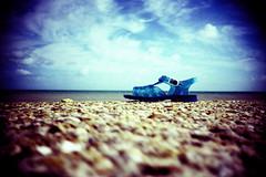 abandoned shoe photo by lomokev