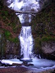 multinoma falls frozen 05