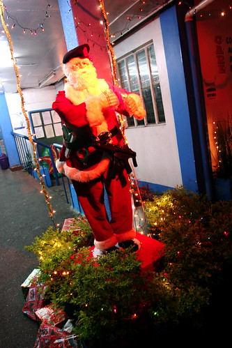 Manila Pulis Santa Claus