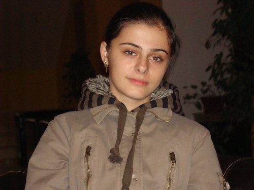 Cherche femme roumaine