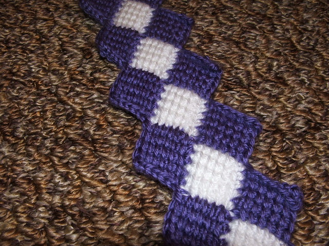 Crochet Geek - How to Make the Crochet Entrelac Stitch - Visual
