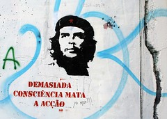 Che Guevara Stencil in Lisbon, Portugal photo by Graffiti Land