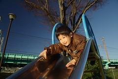 滑り台がレフ板 / portrait (by detch*)