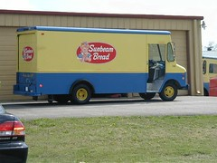 Sunbeam Bread Truck, Clarksville, Tenn photo by nashviller22
