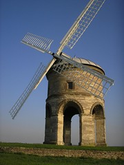 Chesterton Windmill (27-04-2006) photo by Pete Roberts (rhayader_wanderer)