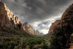 Zion Valley photo by OneEighteen