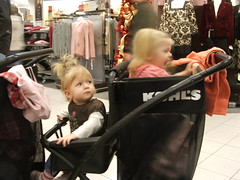 Shopping Cousins