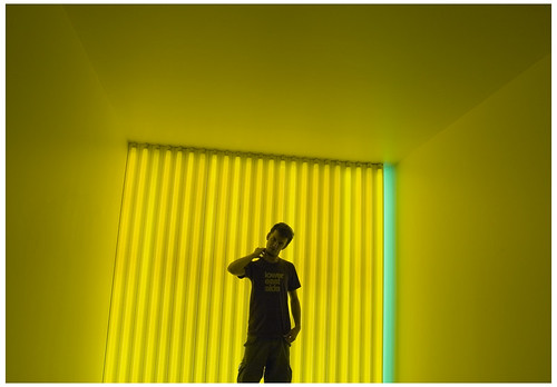 Flavin yellowizer