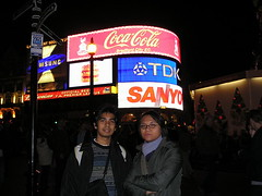 Malam di Piccadilly Circus, London, UK