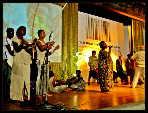 Grupo Cultural Beija-Flor in the theatre of the MASP (Art Museum of São Paulo)