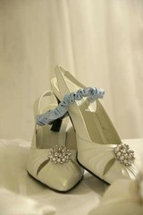 shoes with garter