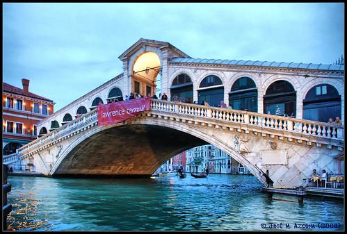 Ponte de Rialto 2446144219_d70748b50a
