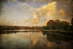 Beaulieu lake photo by kerto.co.uk