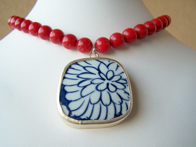 Am I crazy?!? I create broken china jewelry and now I'm ready to share my secrets so you can make your own. I'm not crazy. I just know there are so many