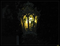 Old Lamp photo by KienNT