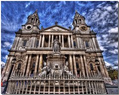 St Paul's Cathedral photo by vgm8383