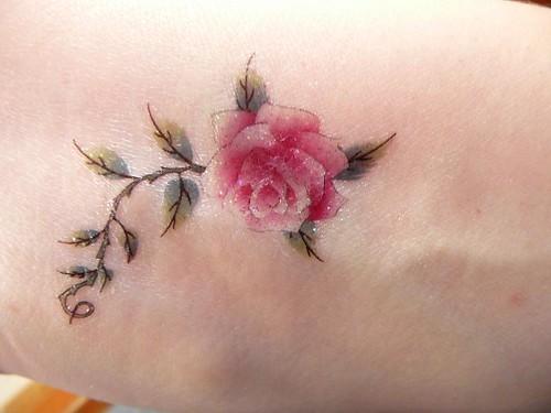 pink rose tattoo designs