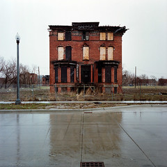 Abandoned house in Detroit, Michigan photo by Kevin Bauman