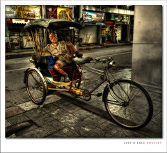 Sleepy Taxi Biker @ Chiang Mai (Thailand) photo by Eric Rousset