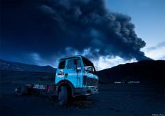 Dark ash plume from the erupting volcano photo by skarpi - www.skarpi.is
