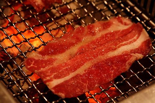 炭火燒肉 (by Audiofan)