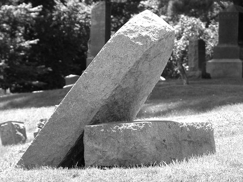 crooked-cemetery-9