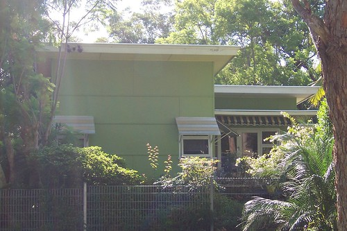 Eyebrowless House - Commonwealth Avenue