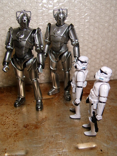 Dude, these are SOOO not the 'droids we're looking for.