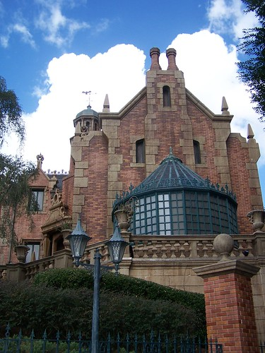 Haunted Mansion - Walt Disney World - Magic Kingdom