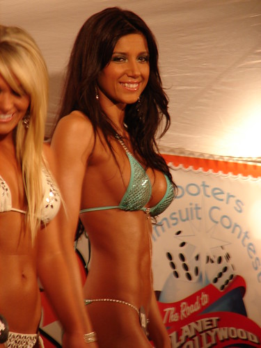 Hooters Bikini Contest 2007 Tallahassee 196 photo by Christopher Holder ...