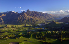 Coronet Peak Vista photo by Peter Sundstrom