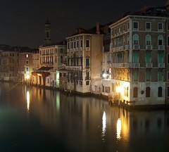 buildings on canal grande, venezia photo by gicol
