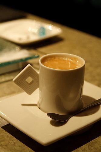 別緻的咖啡杯 (by Audiofan)