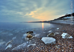 Chesil Cove - Night time long exp photo by petervanallen