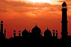 Badshahi Mosque, Lahore photo by Naeem Rashid