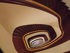 trap/staircase in best western hotel utrecht photo by Gerard Stolk (vers le santiago)