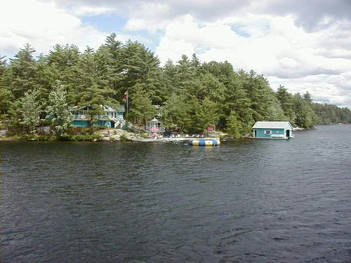 BILLIONAIRE'S ROW MUSKOKA*