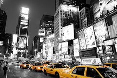 Times Square New York Black White and Yellow taxi cab! 77,000 views! photo by Paul in Leeds