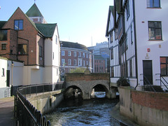 Clattern Bridge over the Hogsmill River, Kingston, London. photo by Jim Linwood