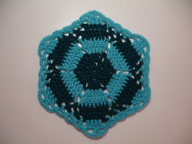 Sunshine Round Ripple Baby Afghan Pattern | Gather