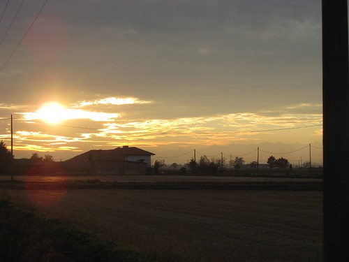 ll sole tramonta