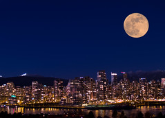 Vancouver Skyline photo by Lloyd K. Barnes Photography