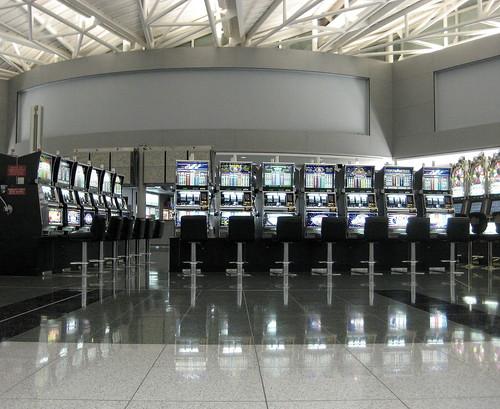 las veags airport slot machine heaven
