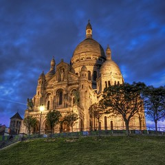 La Basilique du Sacre Coeur de Montmartre photo by Stuck in Customs