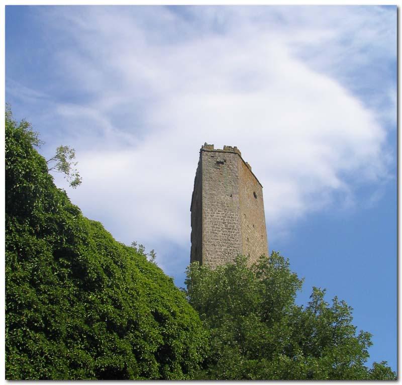 la torre medievale di Pasolini a Chia