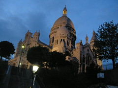 the Sacre Coeur at night
