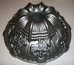 The Carousel bundt pan