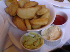 Potato wedges with dips