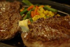 ランチはがっつりWステーキで / Beefsteaks (by detch*)