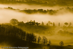Brume in Toscana 3 photo by Massimo Pelagagge